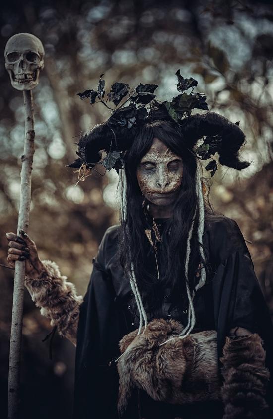 21-Dark-Forest