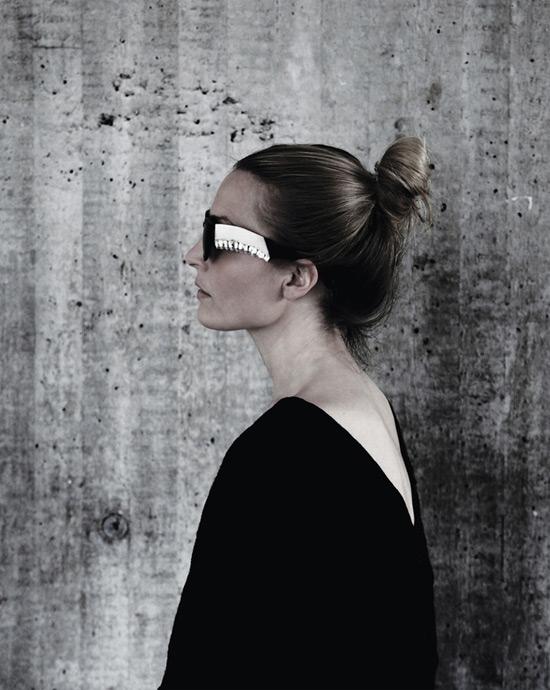 Emma_Montague_Jawbone_glasses_2