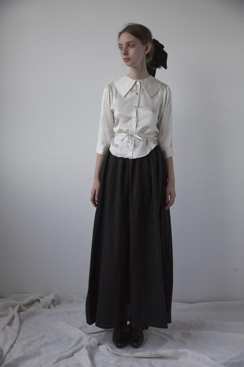 florence-skirt-black-ovate-2