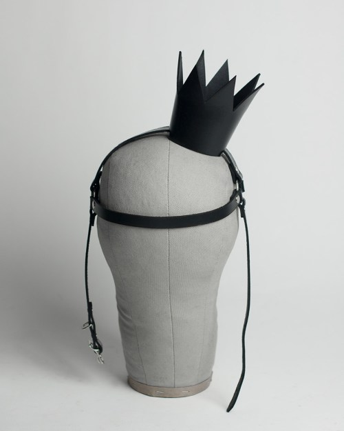 apatico-mini-crown-harness-headpiece-front