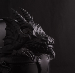 thumb_black-dragon-in-trunk-leather-bag-backpack-14