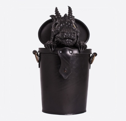 thumb_black-dragon-in-trunk-leather-bag-backpack-7