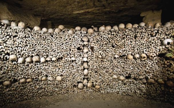 PARIS1015-catacombs.jpg